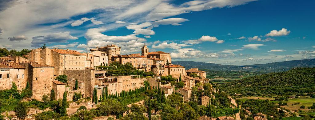 Les-5-plus-beaux-villages-du-Luberon_width1024